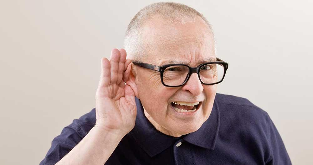 Чому знижується слух і шумить у вухах