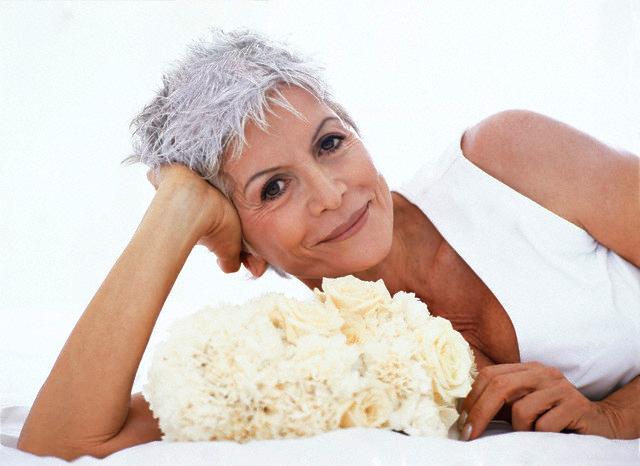 Догляд за в'янучою шкірою в домашніх умовах: як відновити шкіру, що в'яне обличчя