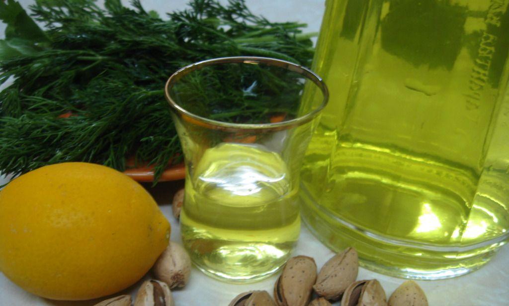 Настоянка на спирту з лимоном в домашніх умовах рецепт