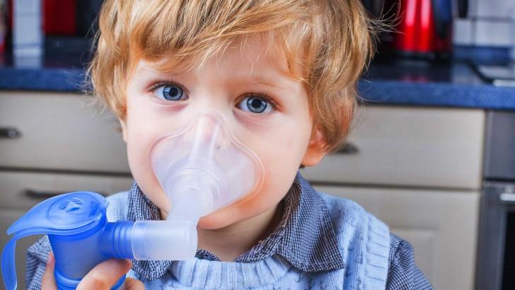 Інгаляції при нежиті небулайзером: рецепти для дітей при закладеності носа