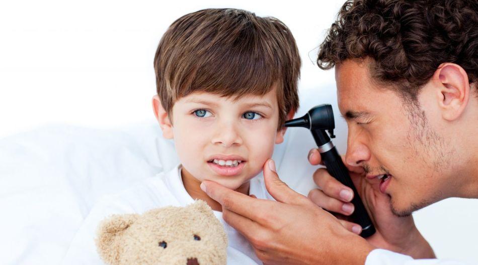Ознаки і симптоми отиту у дітей від 1 до 3 років 2019