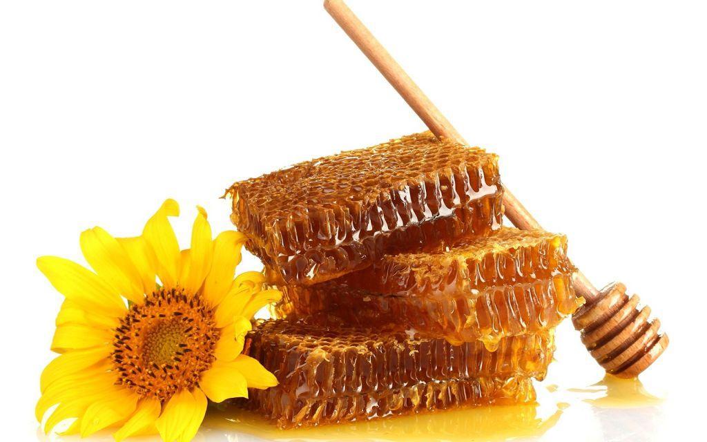 Підвищує мед цукор в крові або що потрібно знати діабетикам