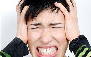 Причини пульсації у вусі без болю