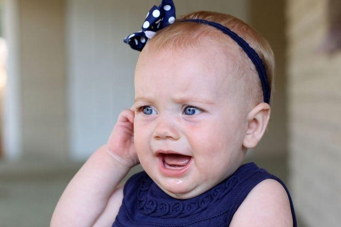 Причини симптоми і лікування запалення лімфовузла за вухом у дитини