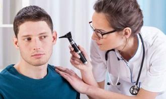 Причини зниження слуху і приглухуватості у дорослих і дітей 2019
