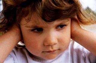 Приглухуватість 1-4 ступеня: що це таке, симптоми, лікування