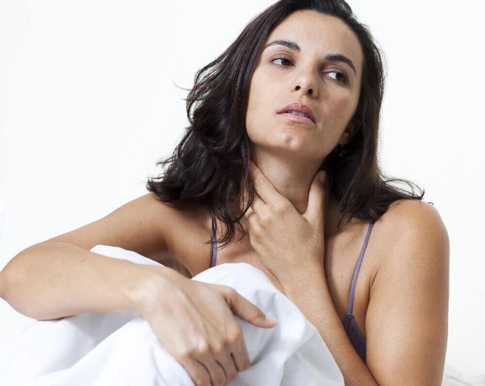Що робити при комі в горлі при вагітності