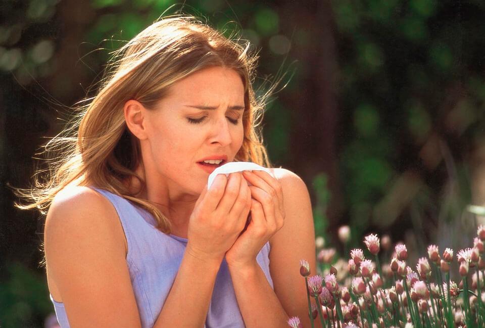 Що робити якщо болить горло і боляче ковтати
