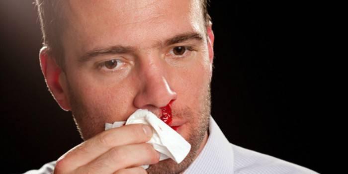 Що робити якщо болячка в носі довго не проходить