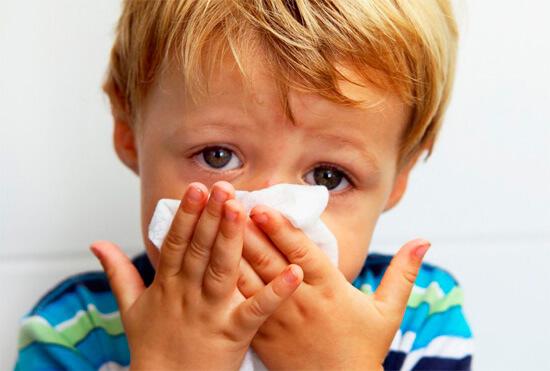 Що робити якщо не проходить нежить і соплі у ребенкачем лікувати