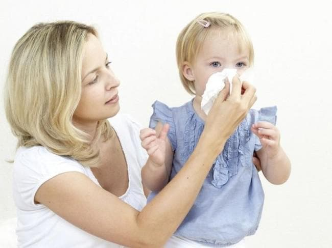 Що робити якщо нежить не проходить у дитини 2 тижні