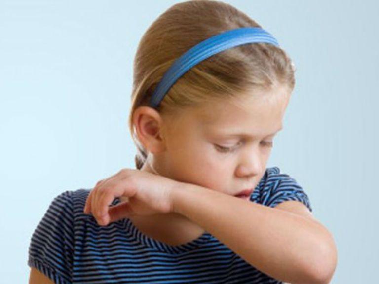 Що робити якщо сильний мокрий кашель без температури у дитини