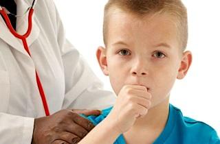 Що робити якщо у дитини довго не проходить кашель і чому це буває