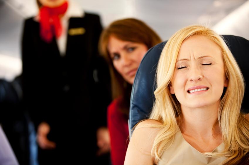 Що робити якщо у літаку закладає вуха і не проходить чому так відбувається