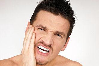 Що робити якщо у вусі клацає або цокає