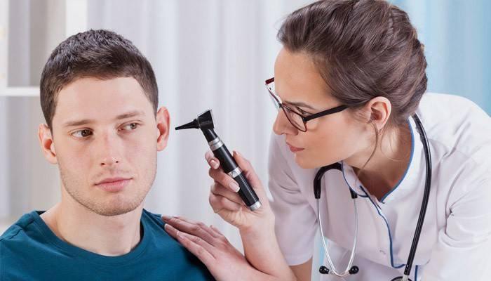 Що робити якщо заклало вухо після краплі Отипакс
