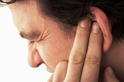 Що робити якщо заклало вухо після застуди
