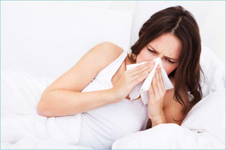 Симптоми і лікування алергічного риніту при вагітності