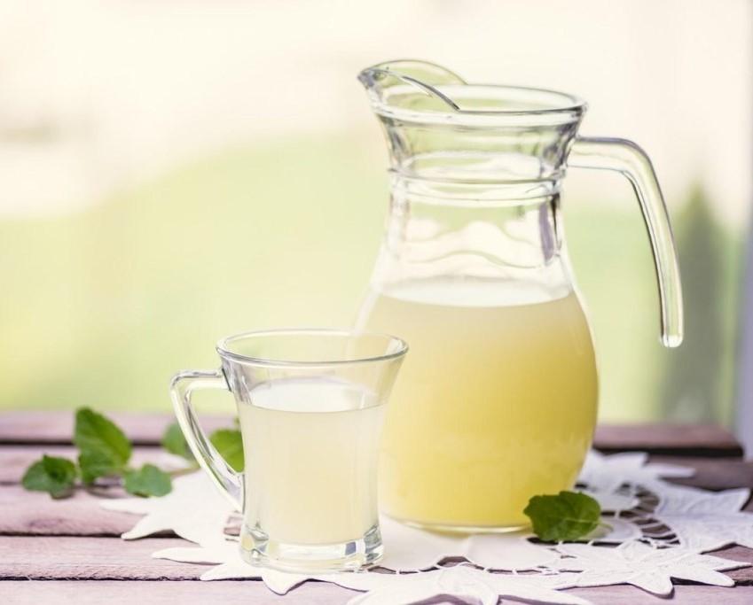 Сироватка молочна користь і шкода дози прийому корисні властивості калорійність