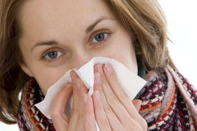 Таблетки від нежитю і закладеності носа: список з назвами, способи застосування