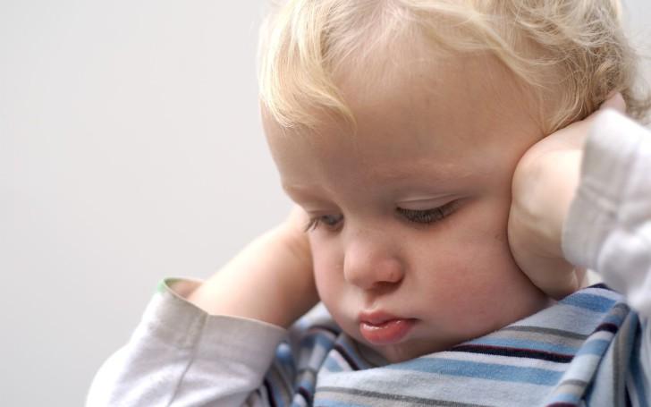 u ditini bolit vuho scho robiti v domashn h umovah yakscho malyuk skarzhit sya yak nadati pershu dopomogu 1 - У дитини болить вухо: що робити в домашніх умовах, якщо малюк скаржиться, як надати першу допомогу?