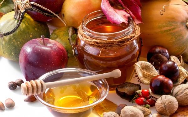 Унікальні властивості меду і його застосування в народній медицині. Як він виглядає, який на смак, як пахне? Що містить мед