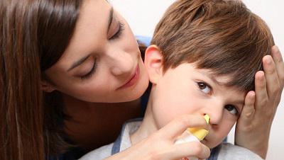 Як правильно промити ніс Аквалором