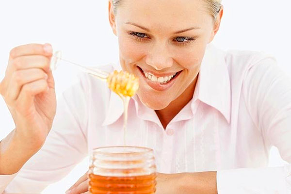 Як правильно робити медовий масаж в домашніх умовах В чому користь медового масажу Про техніку медового масажу