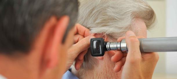 Які причини призводять до погіршення слуху і як це лікувати