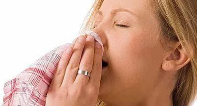 Як відрізнити алергію від застуди