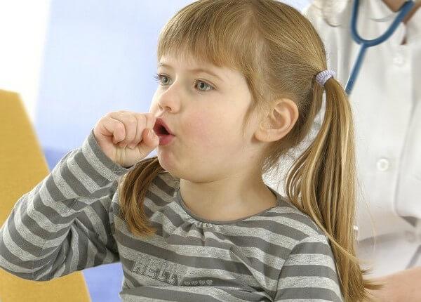 Як вилікувати гавкаючий кашель у дитини