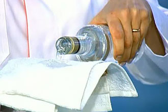 З чого зробити лікувальний компрес при ангіні