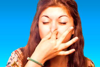 З якихось причин з'являється неприємний запах в носі і як з ним боротися?